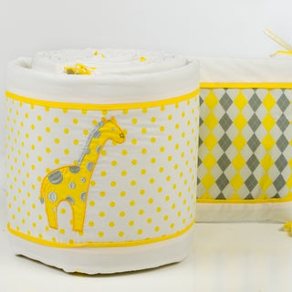 Pam Grace Creations 4-Piece Argyle Giraffe Crib Bumpers