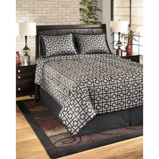 Signature Designs by Ashley Maze Onyx 4-piece Comforter Set