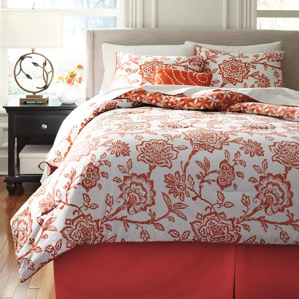 Signature Designs by Ashley Ochreske Tangerine 4-piece Comforter Set