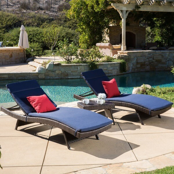 Luana outdoor 3 piece wicker adjustable chaise lounge set for Belmont 4 piece brown wicker patio chaise lounge set