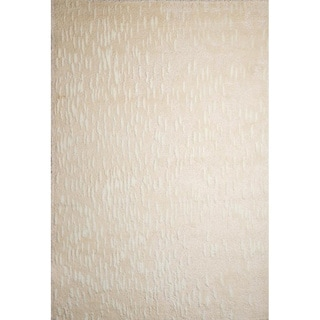 Ren Wil Solid Off-White Area Rug (5'2 x 7'2)