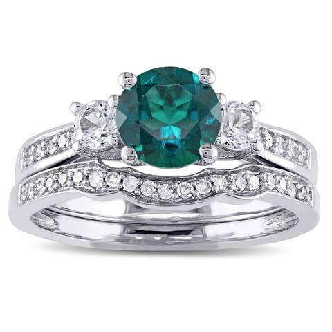Miadora 10k White Gold Created Emerald, White Sapphire, and Diamond 1/6ct TDW Bridal Ring Set (G-H, I2-I3) - Green