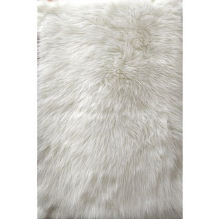 Faux Fur Sheepskin White Shag Area Rug (2'6 x 3'11) - 2'6 x 3'11