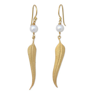 Gold Overlay 'Free as a Dove' Pearl Earrings (7-7.5 mm) (Thailand)
