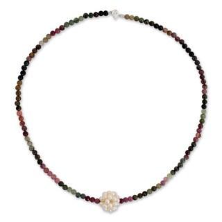 Handmade Silver 'Chrysanthemum' Pearl Tourmaline Necklace (3 mm) (Thailand)