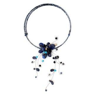Handmade Lapis Lazuli Calcite 'Beautiful Floristry' Choker (Thailand)