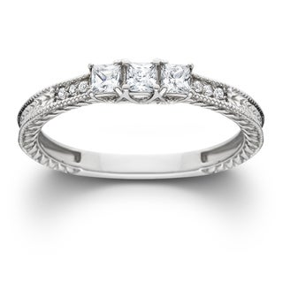 14k White Gold 1/3ct TDW Diamond Vintage Three Stone Promise Ring