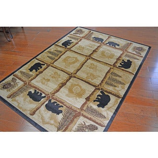 "Lodge Bear Toccoa Beige Area Rug - 5'3"" x 7'3"""