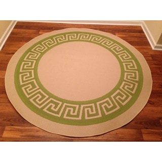 Woven Geometric Green/ Beige Indoor/ Outdoor Rug (6'6 Round)