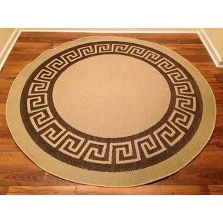 Woven Geometric Brown/ Beige Indoor/ Outdoor Rug (6'6 Round)