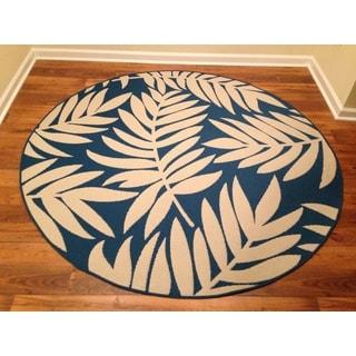 Woven Floral Blue/ Beige Indoor/ Outdoor Rug (6'6 Round)