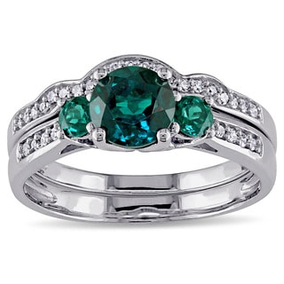Miadora 10k White Gold Created Emerald and 1/6ct TDW Diamond 3-stone Bridal Ring Set (G-H, I2-I3)