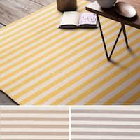 Hand-Woven Leyburn Stripe Indoor Wool Area Rug (2' x 3')