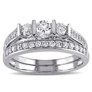 Miadora 10k White Gold 3/4ct TDW Diamond 3-Stone Engagement Ring Wedding Band Bridal Set (G-H, I2-I3)