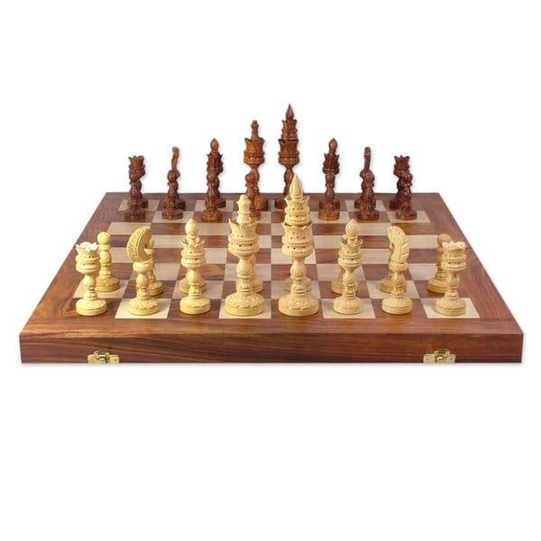 Handmade Seesham Wood 'Palatial Challenge' Chess Set (India)