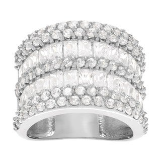 Journee Collection Sterling Silver Cubic Zirconia Ring Band