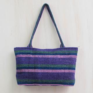 Handmade Wool 'Cajamarca Lily' Shoulder Bag (Peru)