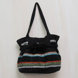 Handcrafted Wool 'Black Cajamarca Carnival' Shoulder Bag (Peru)
