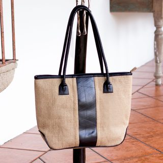 Handcrafted Jute 'Natural Style' Shoulder Bag (El Salvador)
