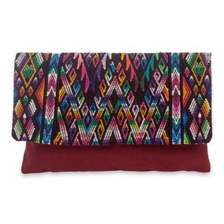 Handcrafted Cotton 'Chichicastenango Fantasy' Clutch Bag (Guatemala)
