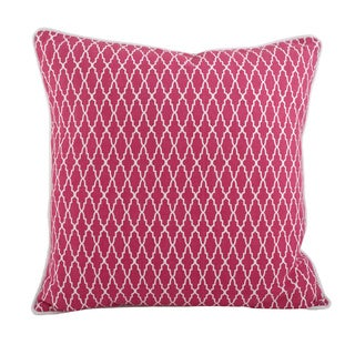 Geometric Diamond Design Throw Pillow