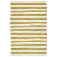 """Handmade Indoor/ Outdoor Getaway Gold Stripes Rug - 5' x 7'6"""""""