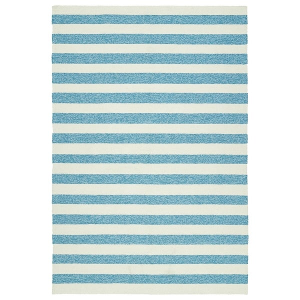 Handmade Indoor/ Outdoor Getaway Blue Stripes Rug - 8' x 10'
