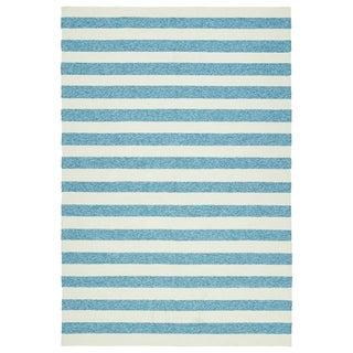 Handmade Indoor/ Outdoor Getaway Blue Stripes Rug (8' x 10')