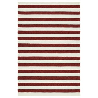 Handmade Indoor/ Outdoor Getaway Red Stripes Rug (9' x 12') - 9' x 12'