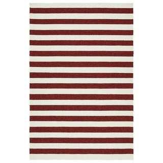 Handmade Indoor/ Outdoor Getaway Red Stripes Rug (5' x 7'6) - 5' x 7'6""