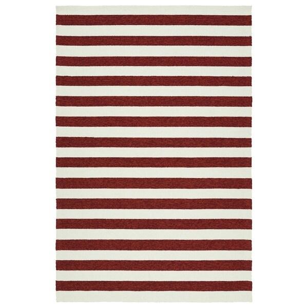 Handmade Indoor/ Outdoor Getaway Red Stripes Rug - 5' x 7'6