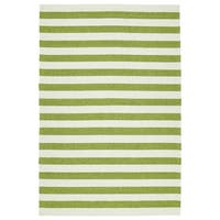 Handmade Indoor/ Outdoor Getaway Apple Green Stripes Rug - 9' x 12'