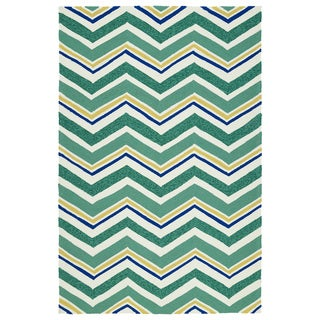 Handmade Indoor/ Outdoor Getaway Emerald Chevron Rug (9' x 12') - 9' x 12'