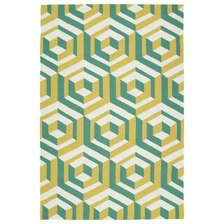 """Handmade Indoor/ Outdoor Getaway Gold Geometric Rug (5' x 7'6) - 5' x 7'6"""""""