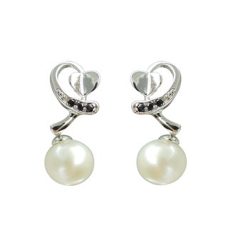 Freshwater Pearl and Spinel Cupid's Arrow Earrings (7-8 mm)