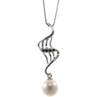 Freshwater Pearl and Spinel Rising Ashes Necklace (7-8 mm)
