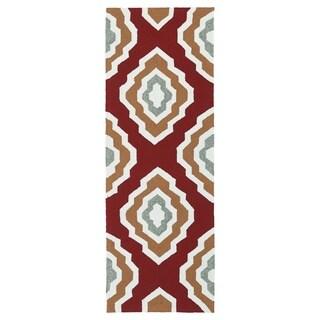 Handmade Indoor/ Outdoor Getaway Red Geo Rug (2' x 6') - 2' x 6'