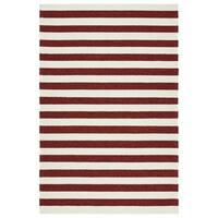 Handmade Indoor/ Outdoor Getaway Red Stripes Rug - 4' x 6'