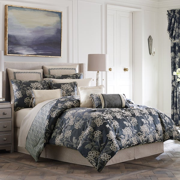 Croscill Paloma 4-Piece Comforter Set