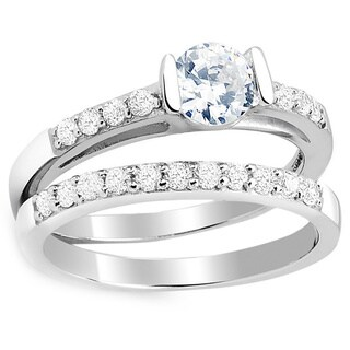 Sterling Silver Cubic Zirconia Classic Engagement Ring and Band Set