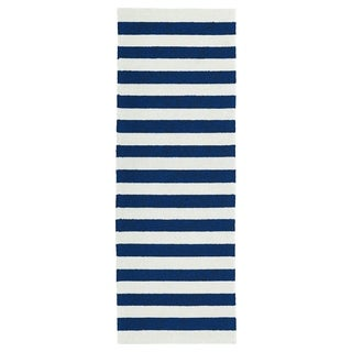 Indoor/Outdoor Handmade Getaway Navy Stripes Rug (2'0 x 6'0)