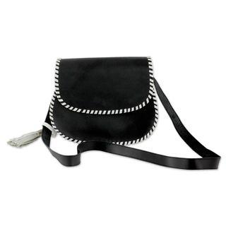 Handmade Leather 'Kanpur Retro' Shoulder Bag (India)
