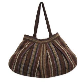 Handcrafted Wool 'Earthy Endeavors' Hobo Handbag (Peru)