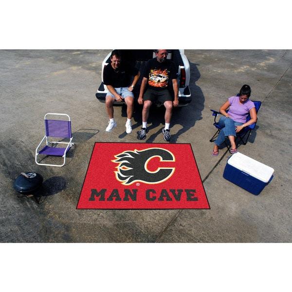 Fanmats Machine-Made Calgary Flames Red Nylon Man Cave Tailgater Mat (5' x 6')