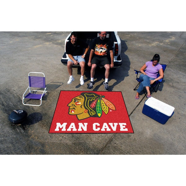Fanmats Machine-Made Chicago Blackhawks Red Nylon Man Cave Tailgater Mat (5' x 6')