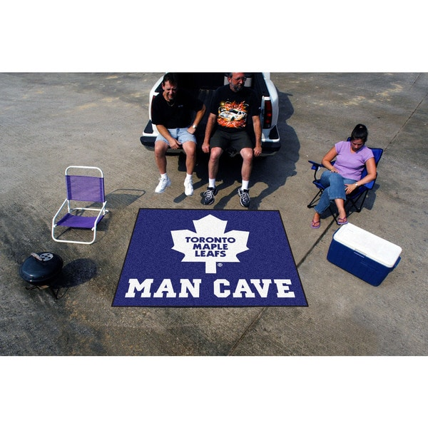 Fanmats Machine-Made Toronto Maple Leafs Blue Nylon Man Cave Tailgater Mat (5' x 6')