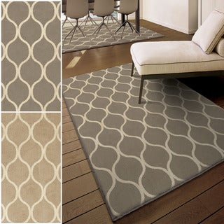 Carolina Weavers Poise Collection Infinity Area Rug (5'3 x 7'6)