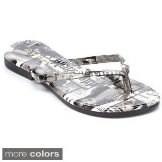 Women's 'Just Earl' Magazine Print Flip-flop Sandals