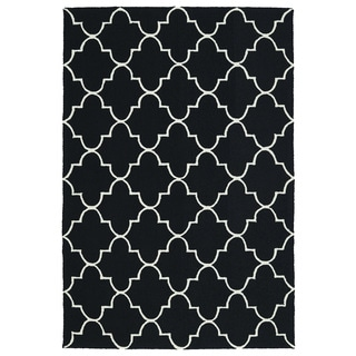 Indoor/ Outdoor Handmade Getaway Black Tiles Rug (9'0 x 12'0)