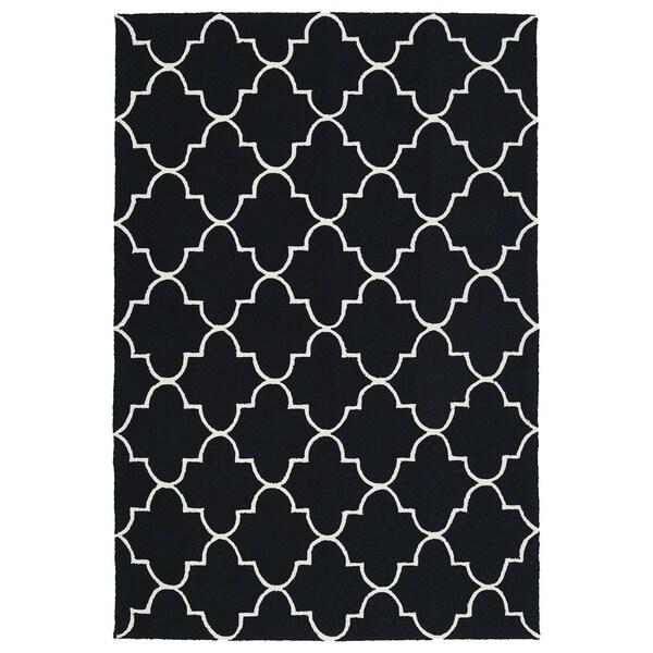 """Indoor/ Outdoor Handmade Getaway Black Tiles Rug (5'0 x 7'6) - 5' x 7'6"""""""
